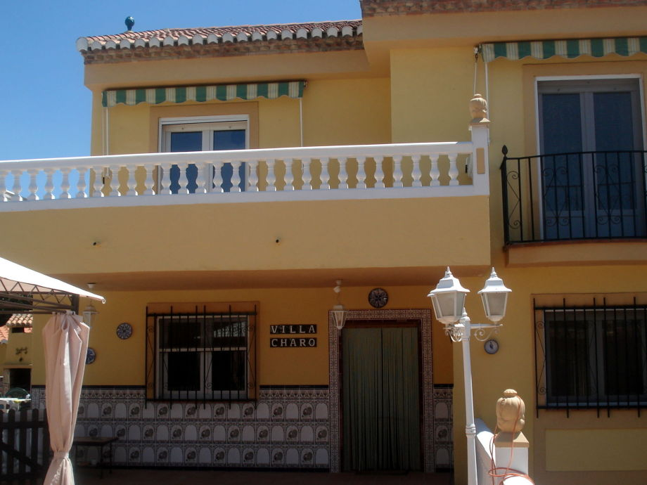 Außenaufnahme Villa Rochd