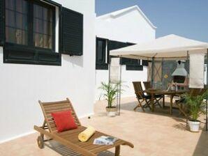 Villa Famara