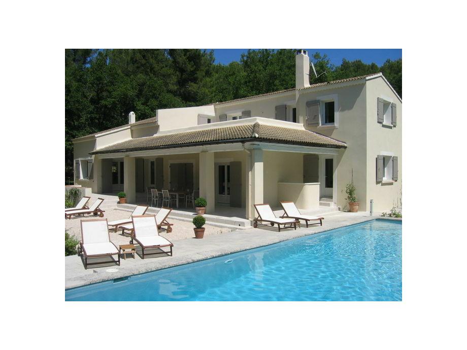Außenaufnahme Villa Pernes les Fontaines