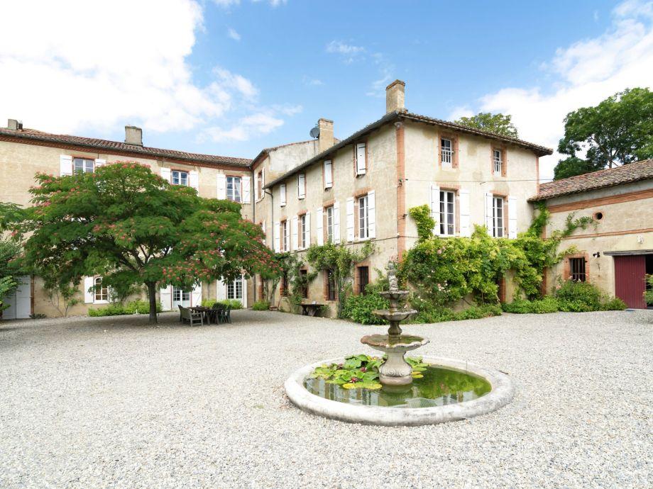 Außenaufnahme Château de Montadet