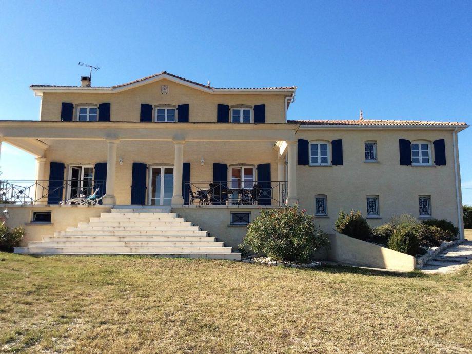 Außenaufnahme Villa in Montaigu de Quercy