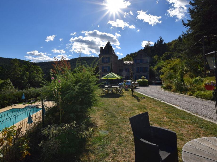 Außenaufnahme Appartement - château en Ardèche la fleur