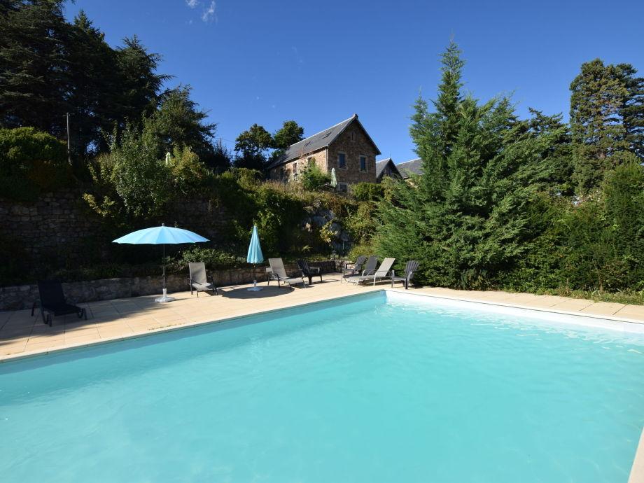 Außenaufnahme Dagonet dans un château en Ardèche