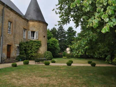 Chateau de Clavy Warby
