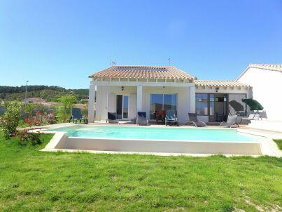 Belle villa avec piscine privée - NARBONNE