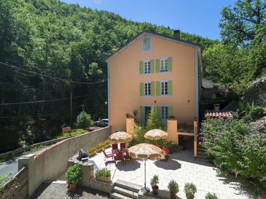 Außenaufnahme Domaine les Bains vue montagne
