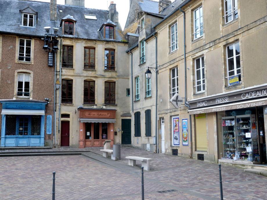 Außenaufnahme Le Parvis de la Cathédrale II