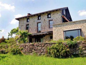 Landhaus Maison auvergnate avec jacuzzi et sauna