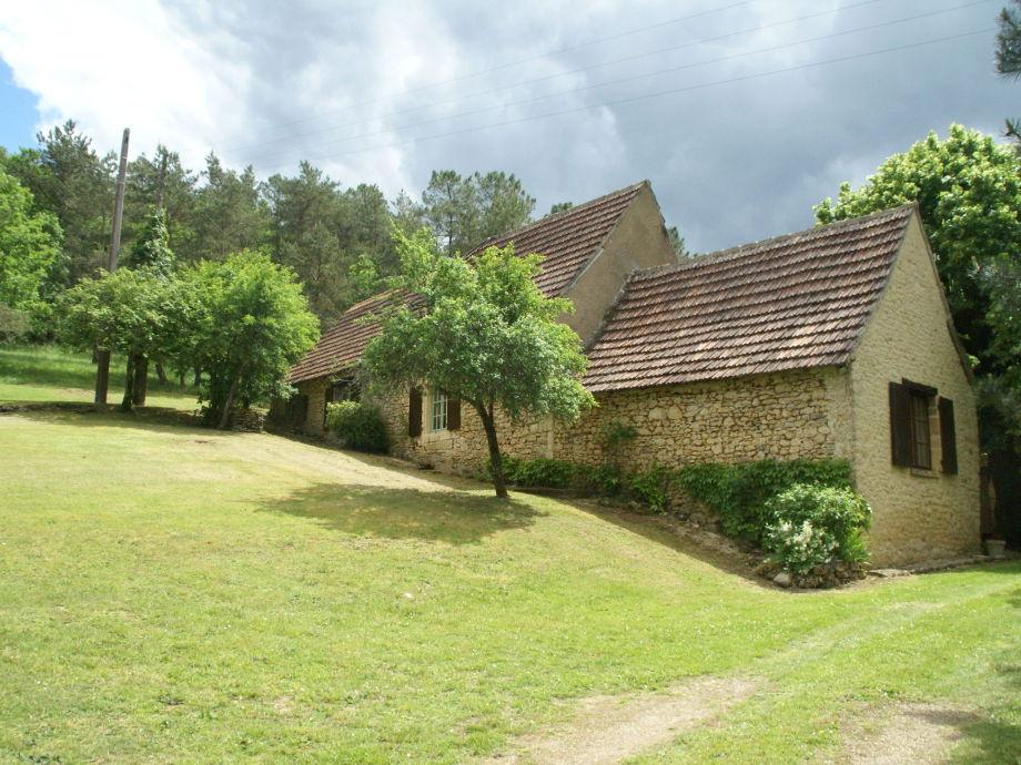 Außenaufnahme Maison de vacances - ST-LEON-SUR-VEZERE