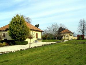 Bungalow Domaine le Perrot