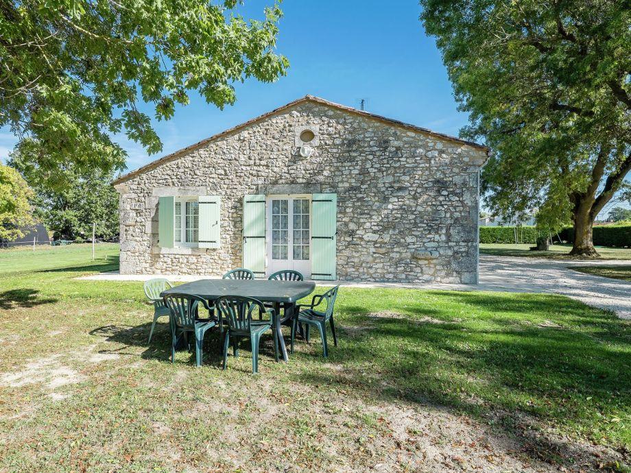Außenaufnahme Maison de vacances Saint Nexans 4 p