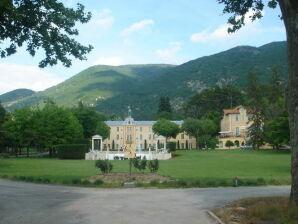 Ferienwohnung Au château près du Ventoux V