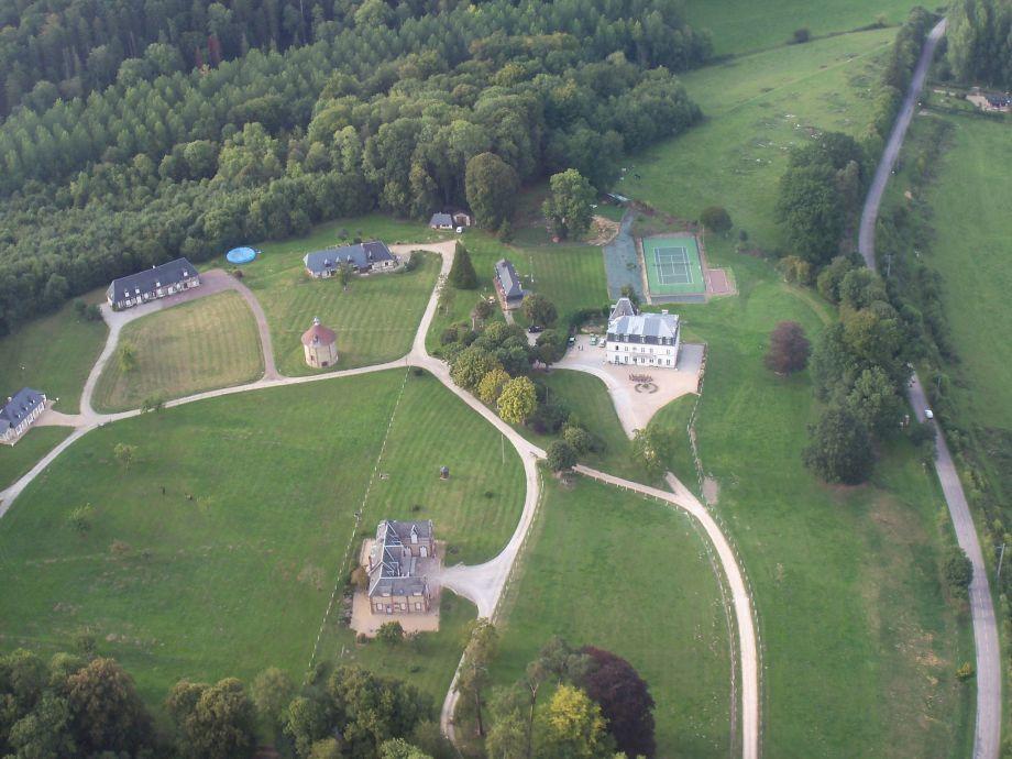 Außenaufnahme Château et gîtes Saint Gervais