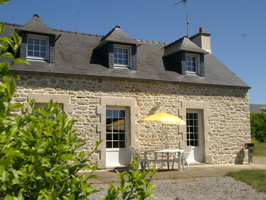 Außenaufnahme Maison de vacances - ELLIANT