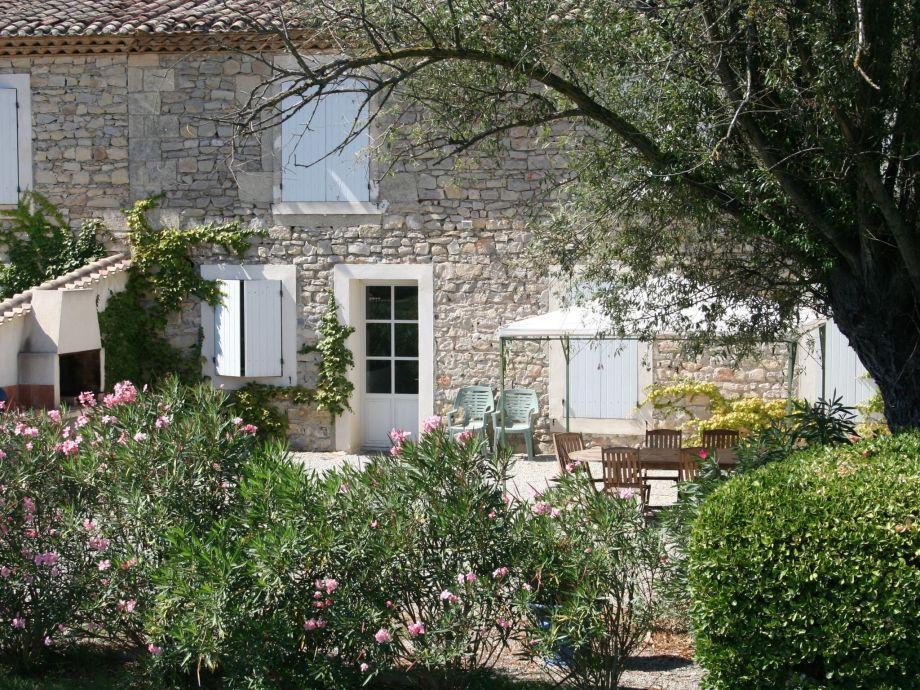 Außenaufnahme Domaine de Chaberton  Maison 'Le Flamant Rose'
