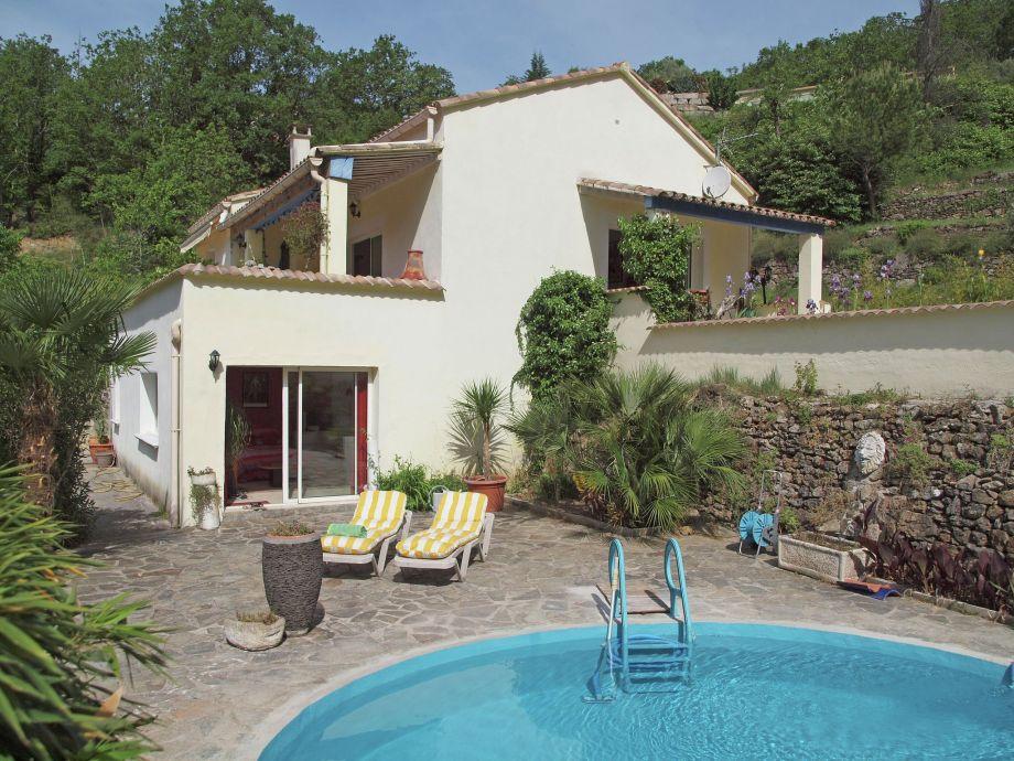 Außenaufnahme Villa Cèze