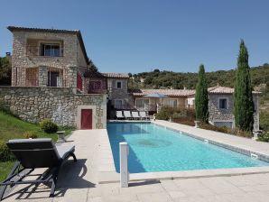 Villa des 4 vents A  for 8 adults and 4 children