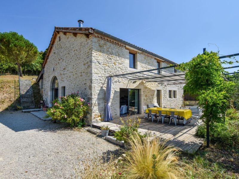 Ferienhaus Maison avec piscine intérieure