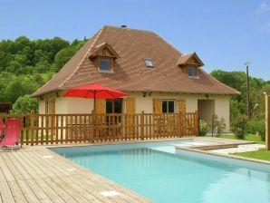 Ferienhaus Maison de vacances - LOUBRESSAC