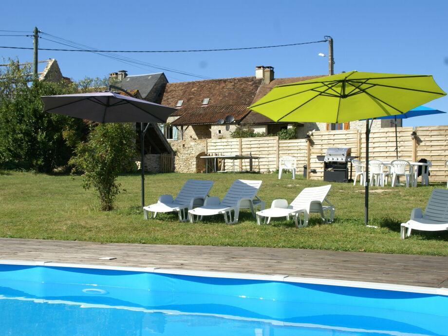 Außenaufnahme Maison de vacances - DÉGAGNAC