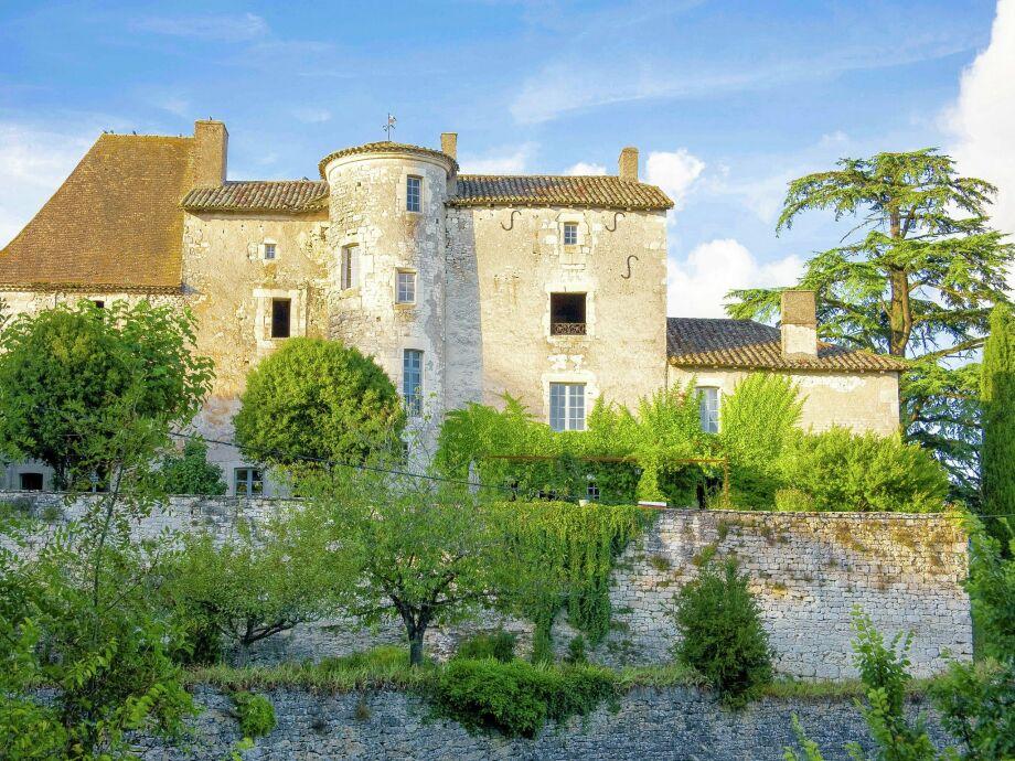 Außenaufnahme Chateau d'Aix