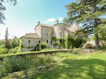Schloss Chateau d'Aix 28P