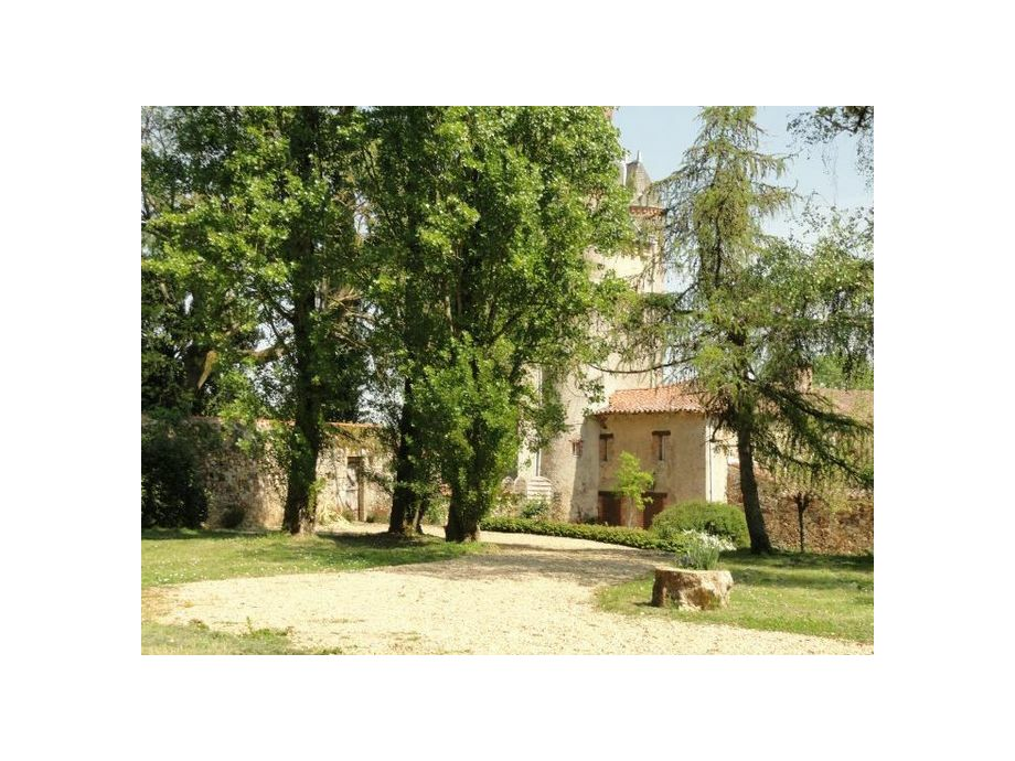 Außenaufnahme Le Château de La Gau