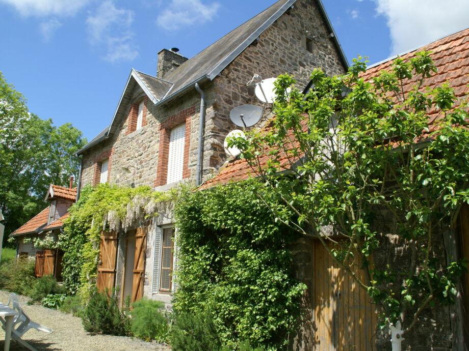 Außenaufnahme Maison de vacances - SOURDEVAL-LES-BOIS
