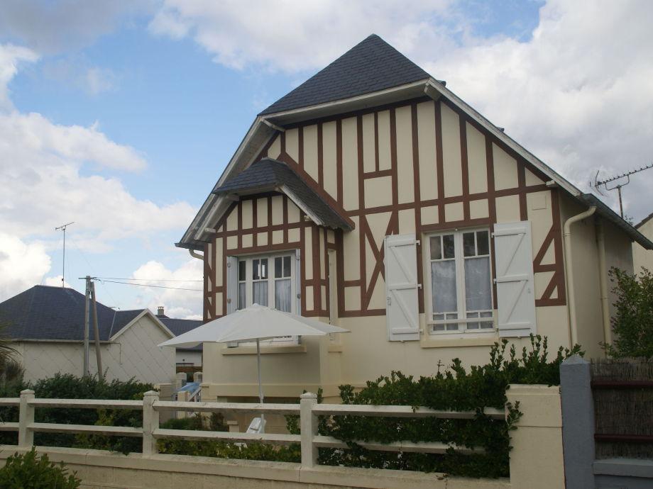 Außenaufnahme Maison de vacances - HAUTEVILLE-SUR-MER