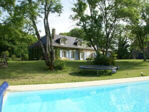 Ferienhaus Maison de vacances - ST LEGER-DE-FOUGERET