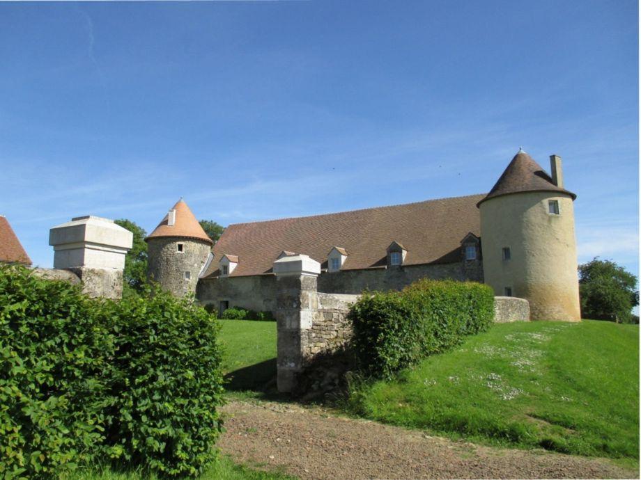 Außenaufnahme Le Vieux Château