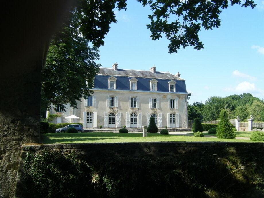 Außenaufnahme Chateau de la Ferriere