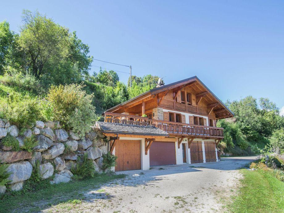 Außenaufnahme Le Mont Blanc - Les Traces