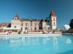 Schloss Chateau de Lastours - appartement Glycine