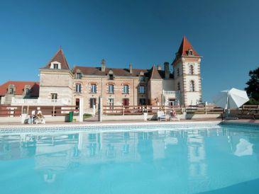 Schloss Chateau de Lastours - appartement Glycine