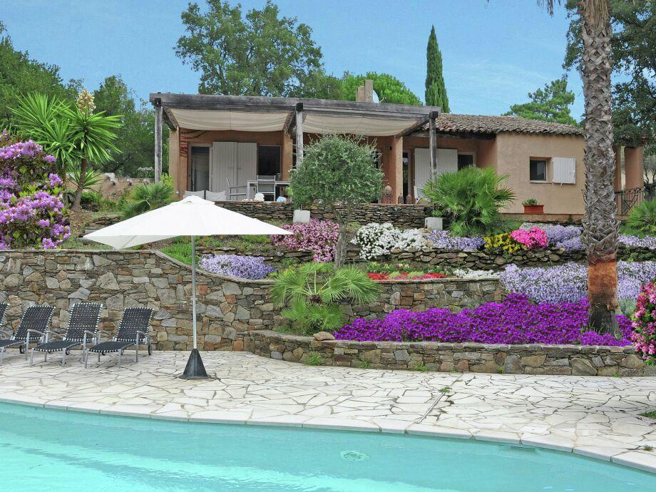Außenaufnahme Villa Cogolin
