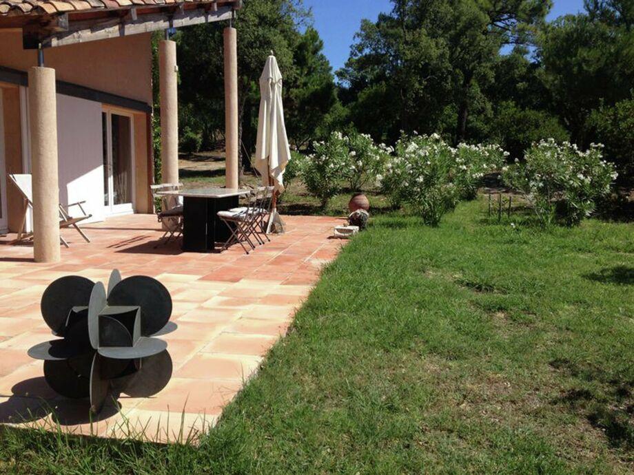Außenaufnahme Villa Cogolin2