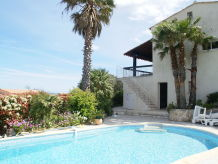 Villa Villa - LES ISSAMBRES