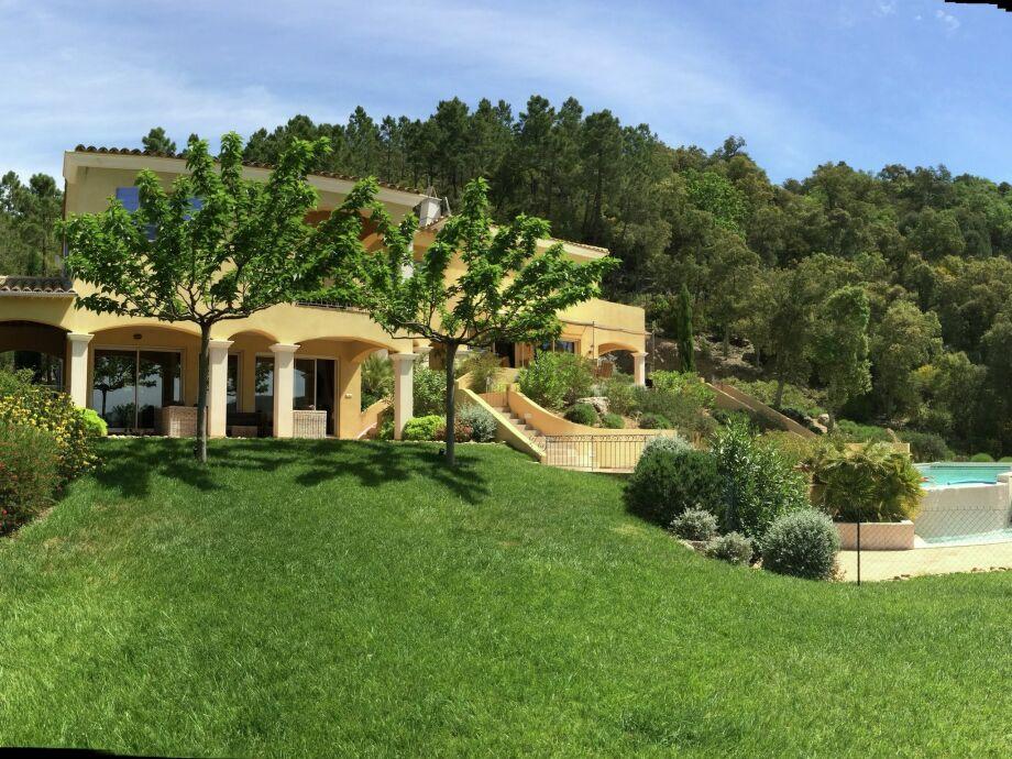 Außenaufnahme Villa Aramis
