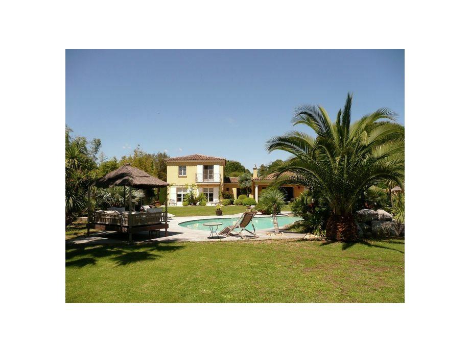 Außenaufnahme Villa les Palmiers