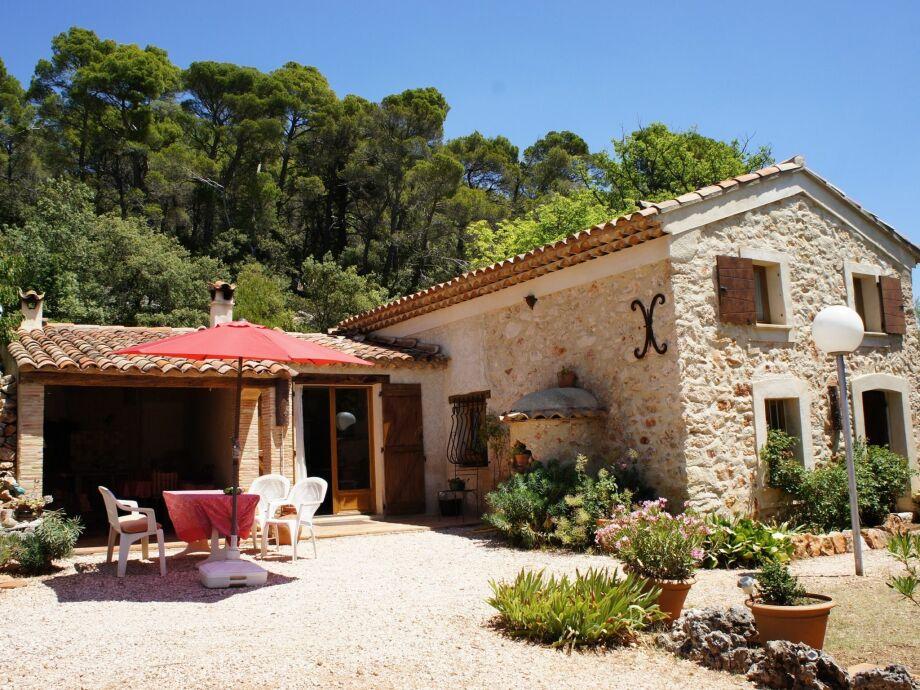 Außenaufnahme Villa Romane