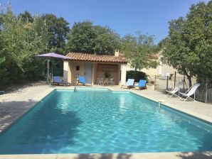 Villa La Cadeline