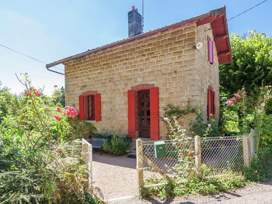 Außenaufnahme Les Deux Tourterelles Rouge près de Dordogne