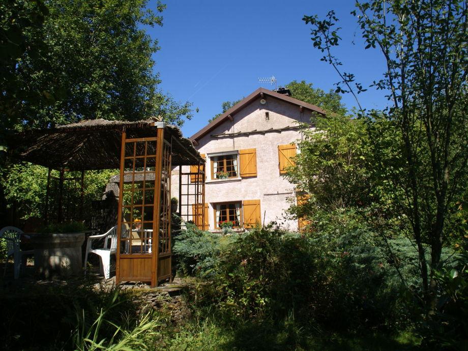 Außenaufnahme Maison de vacances - LA CHAPELLE-AUX-BOIS