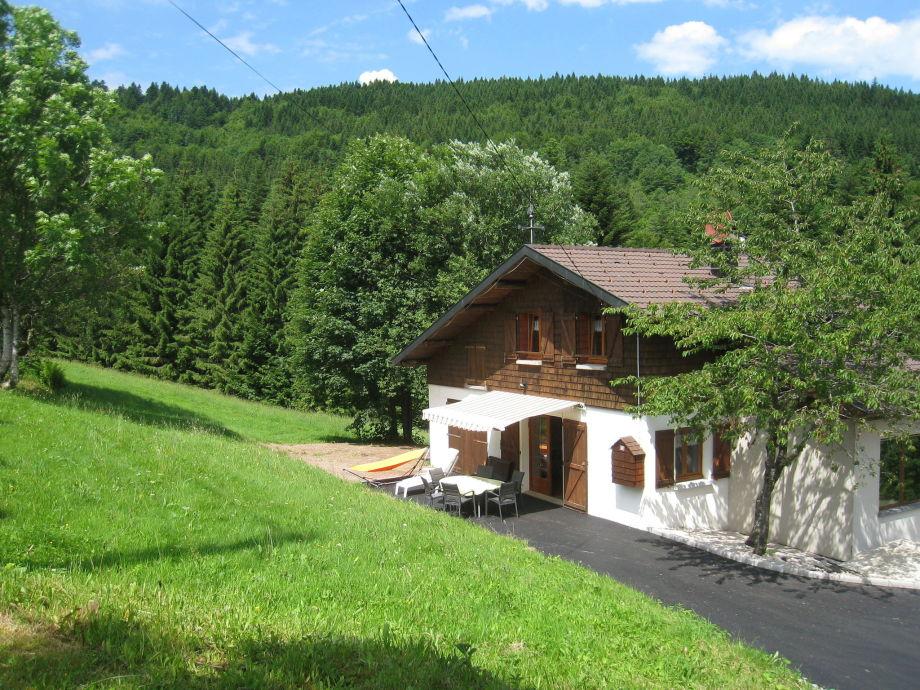 Außenaufnahme A l'Orée des Bois