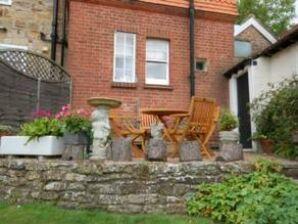 Cottage Cleeve Lodge Crowborough