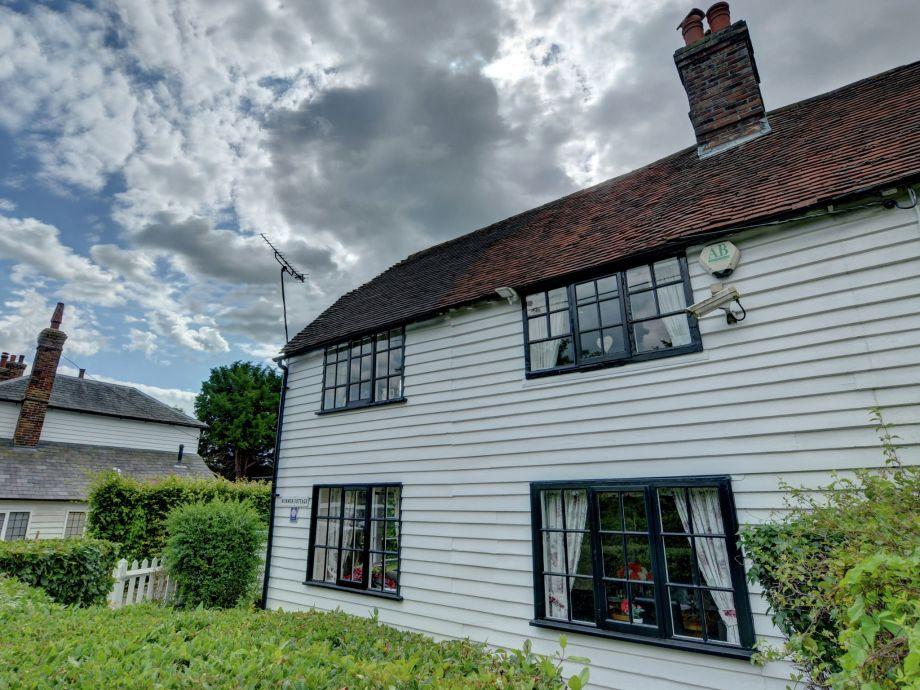 Außenaufnahme Summer Cottage