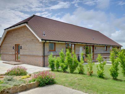 2 Little Worge Farm Cottages
