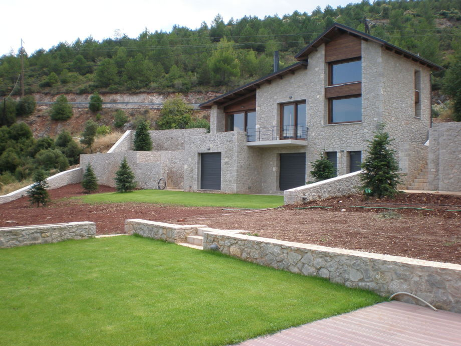 Außenaufnahme Parnassos Mansion