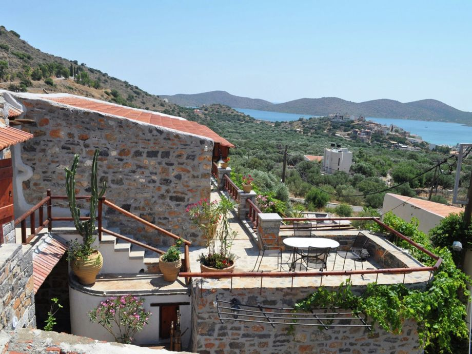 Außenaufnahme Villa Kaktos - Elounda Traditional Art Suites